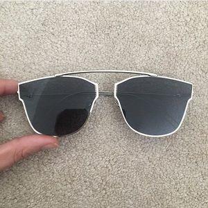 Accessories - NEVER WORN sunglasses